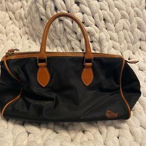Dooney & Bourke nylon black purse EUC